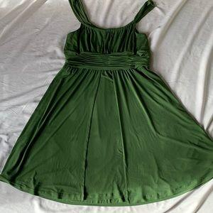 Jones NY Size 16 Olive Green Dress